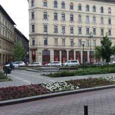 BÁV Zálogfiók - Csarnok tér