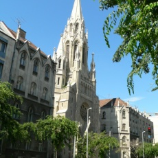 Örökimádás Oltáriszentség-templom (Forrás: uj.katolikus.hu)