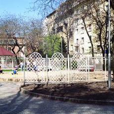 Tinódi utcai Játszótér (Forrás: zoldkalauz.hu)