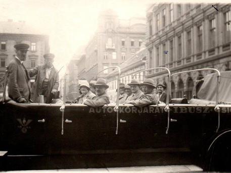 Fotó: Csíki Sándor, Budapest régi képeken