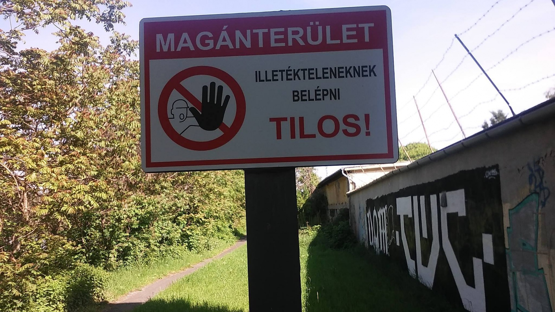 A cég nem viccel (forrás: Magyar Kerékpárosklub Dél-pesti Területi Szervezete)